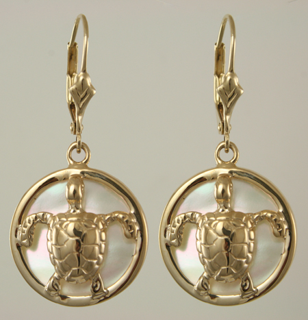30778-Green Sea Turtle on White Mother of Pearl Earrings